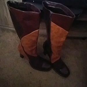 NWOT nice boots.